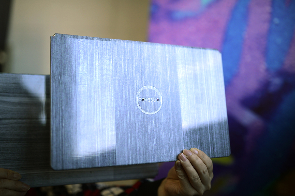 Lightweight and very thin laptop covers with new optical surface effects are a potential application for CFRTPs. (Source: Covestro)