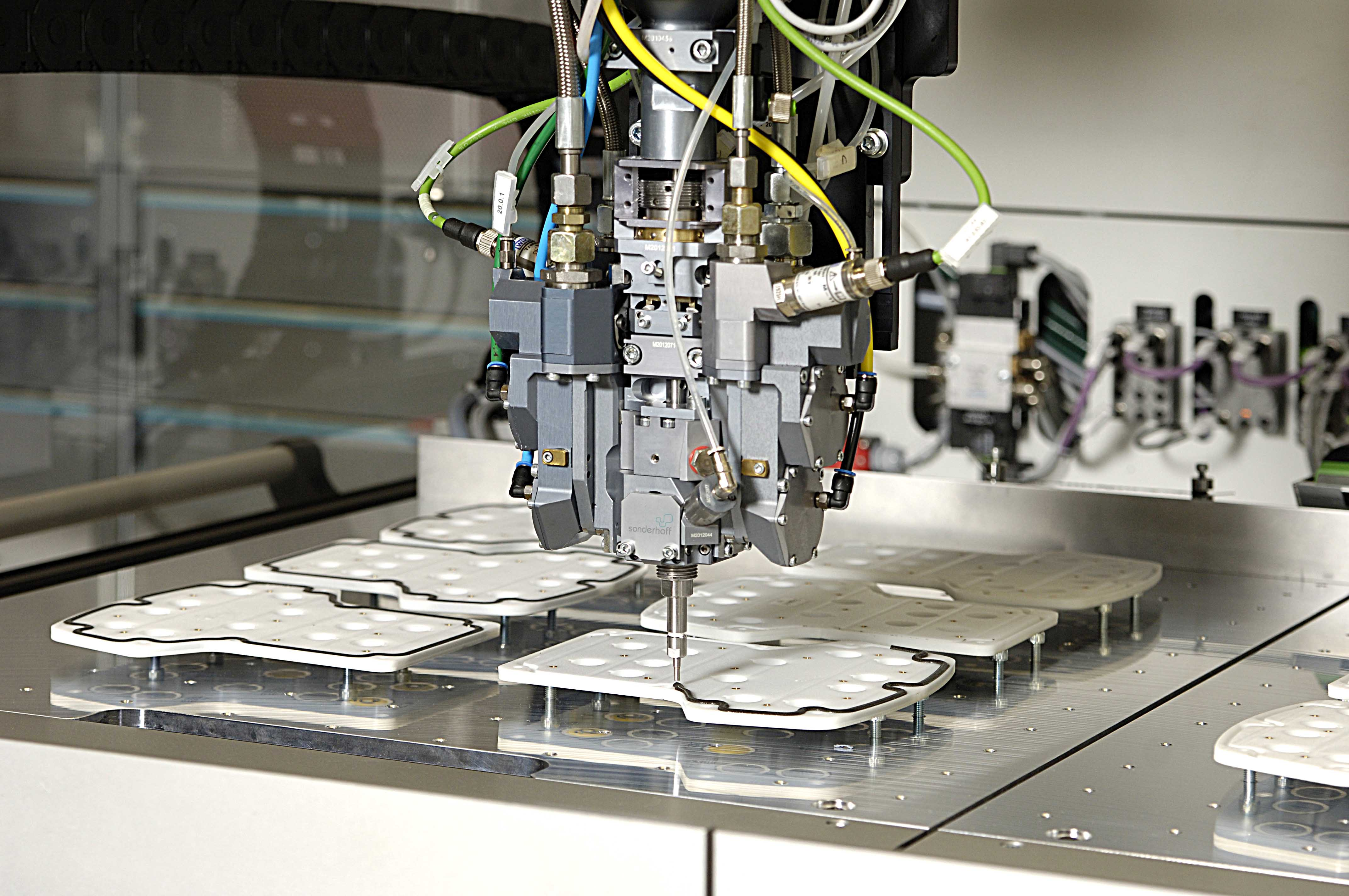 FIP sealing technology will be demonstrated live at Auto Shanghai by Sonderhoff. (Source: Sonderhoff)