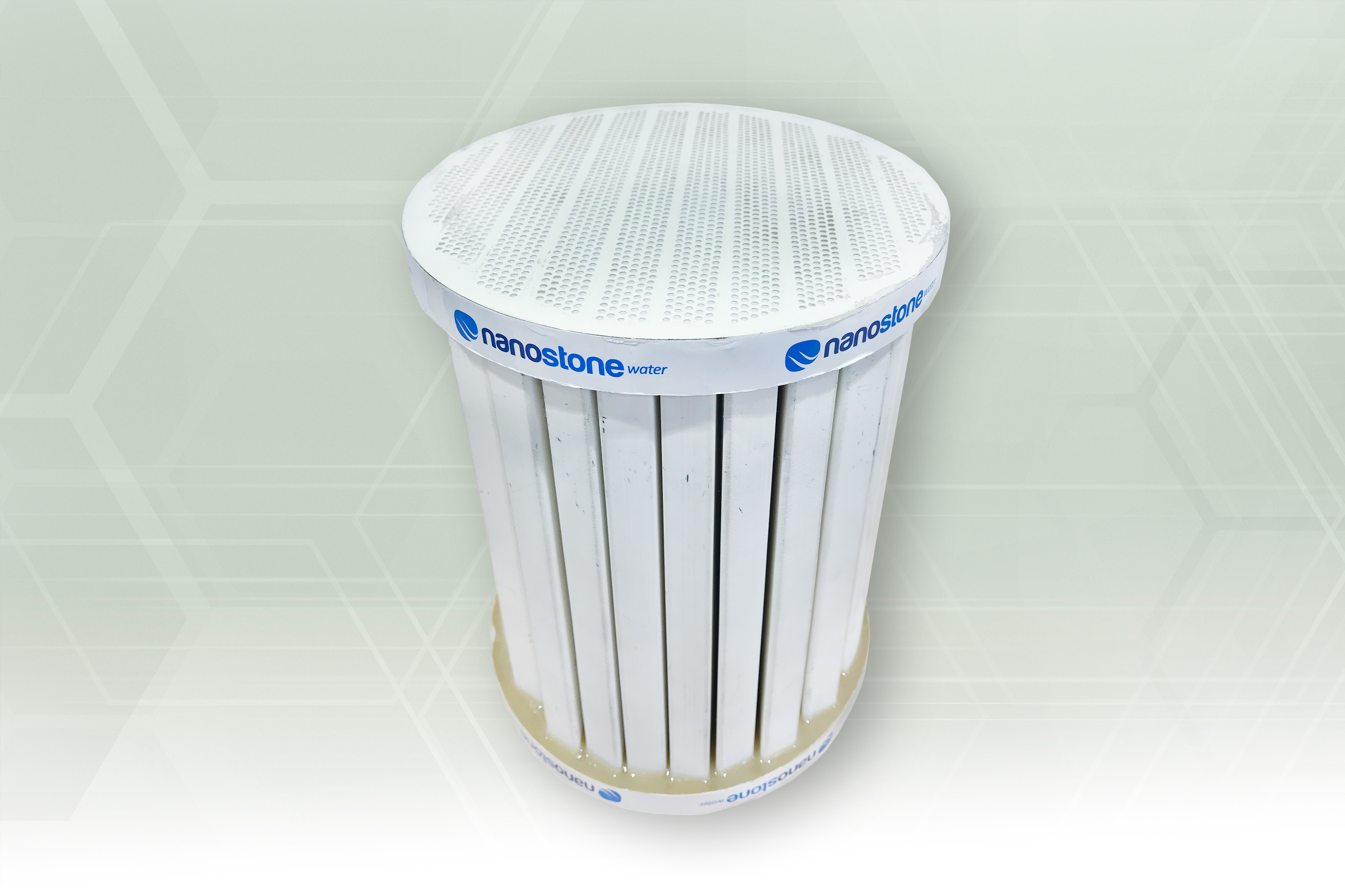 Uncoated ceramic industrial filter (show monolith) (Source: Hennecke)