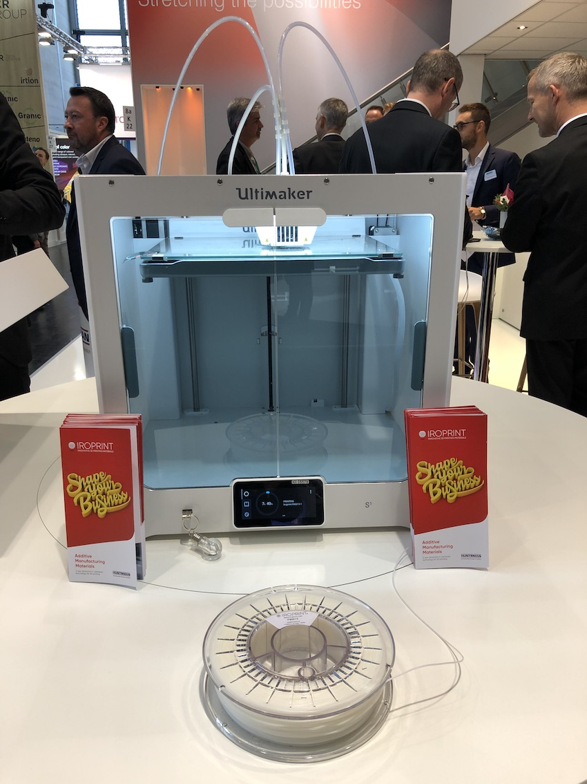 Iroprint F 80213 filament being printed at the K 2019 in Düsseldorf (Source: Stephane Peysson, Huntsman)