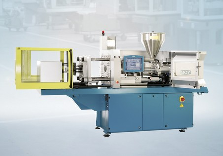 Injection moulding machine from Dr. Boy