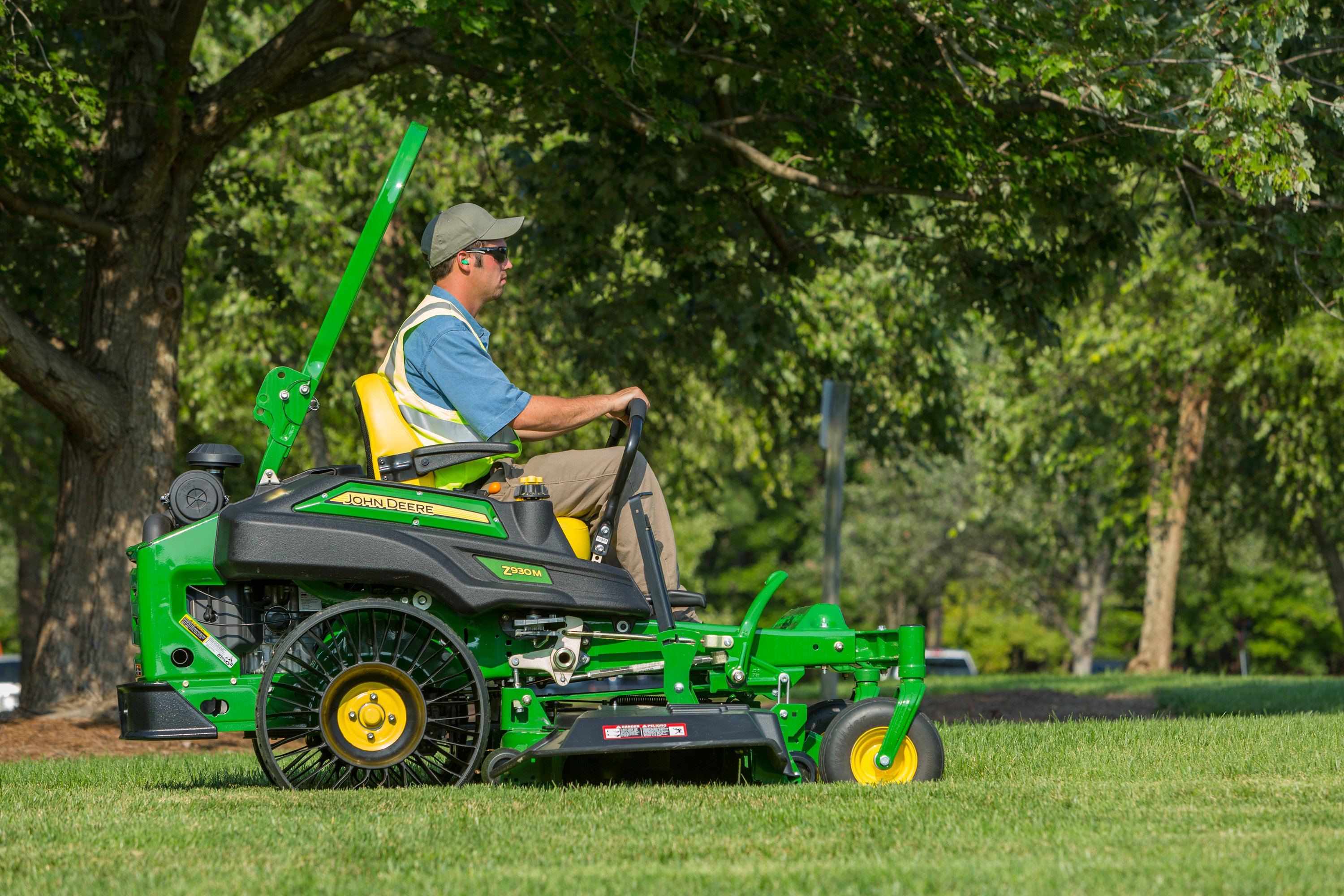 The Michelin X Tweel Turf eliminates flats and is nearly maintenance free (Source: John Deere)