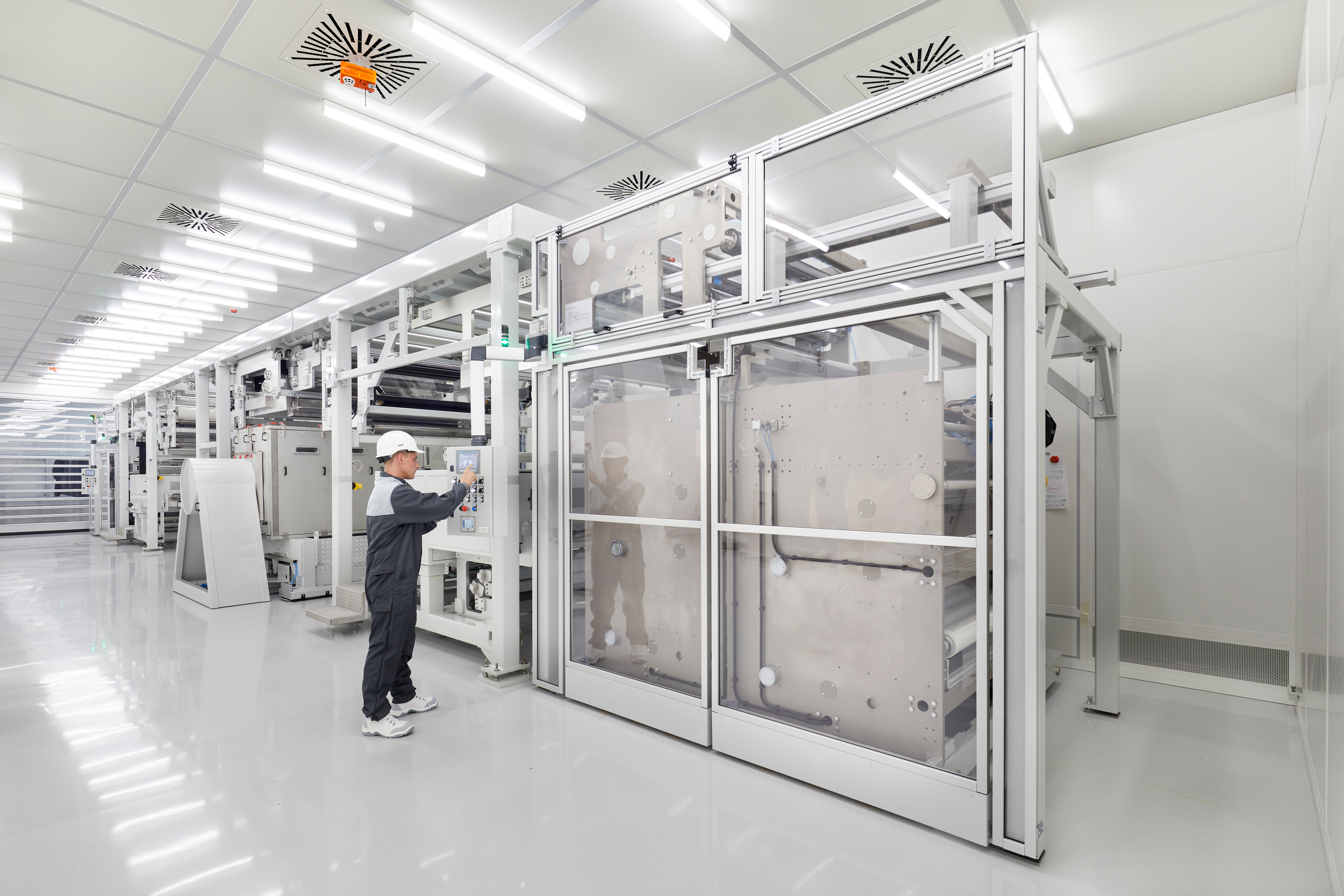 The barrier foils produced at the plant protect items such as thin-film photovoltaics from harmful environmental stresses (Source: BASF)