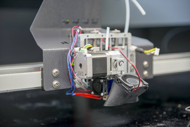 rint head of the X1000 3D printer from German RepRap in the IKV pilot plant for additive manufacturing (Source: IKV/Fröls)