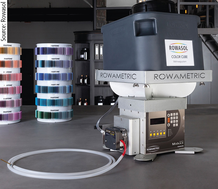 The Color Cube can be coupled with a gravimetric peristaltic pump.