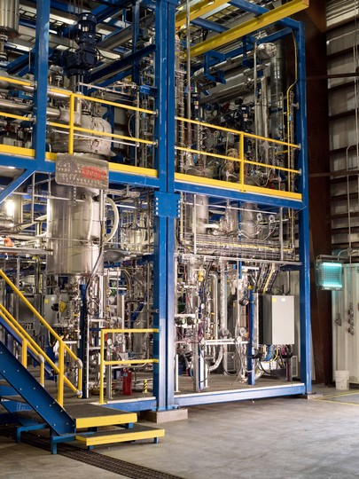 The bio-based FDME pilot plant of DuPont and ADM in Decatur, IL, USA (Source: DuPont)