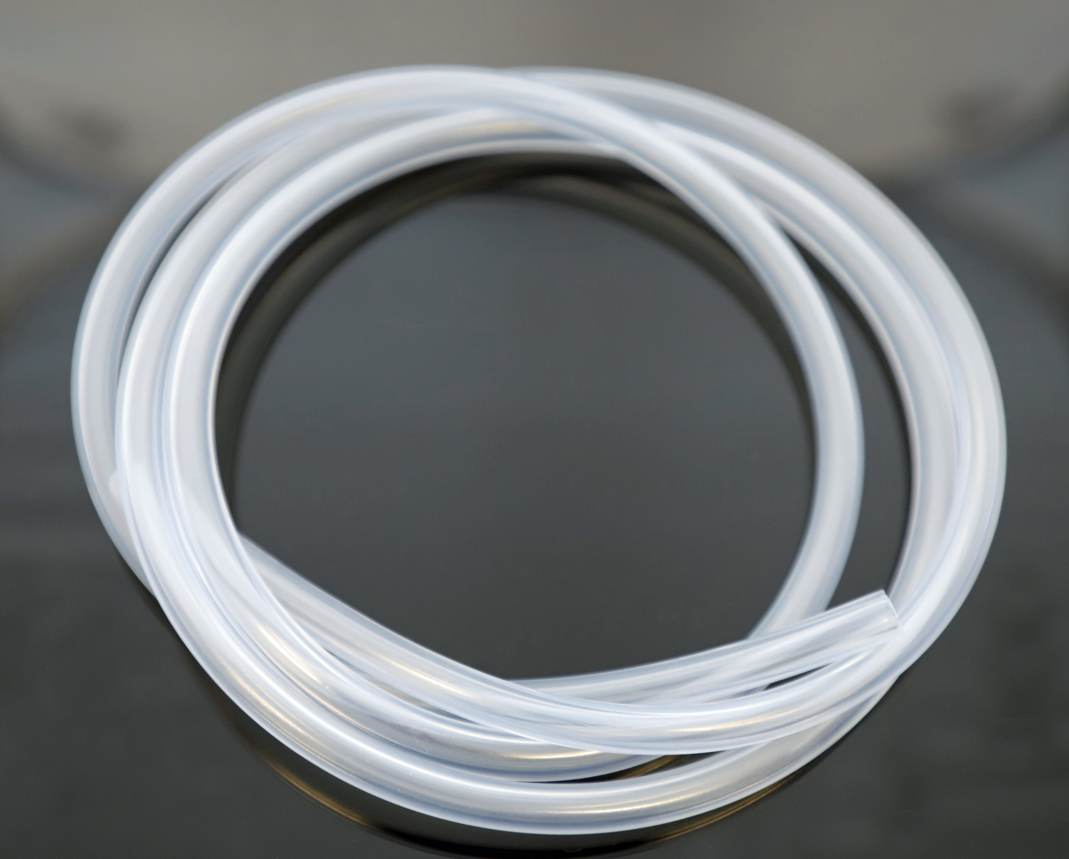 Translucent tubing made from Medalist TPE (Source: Teknor Apex)