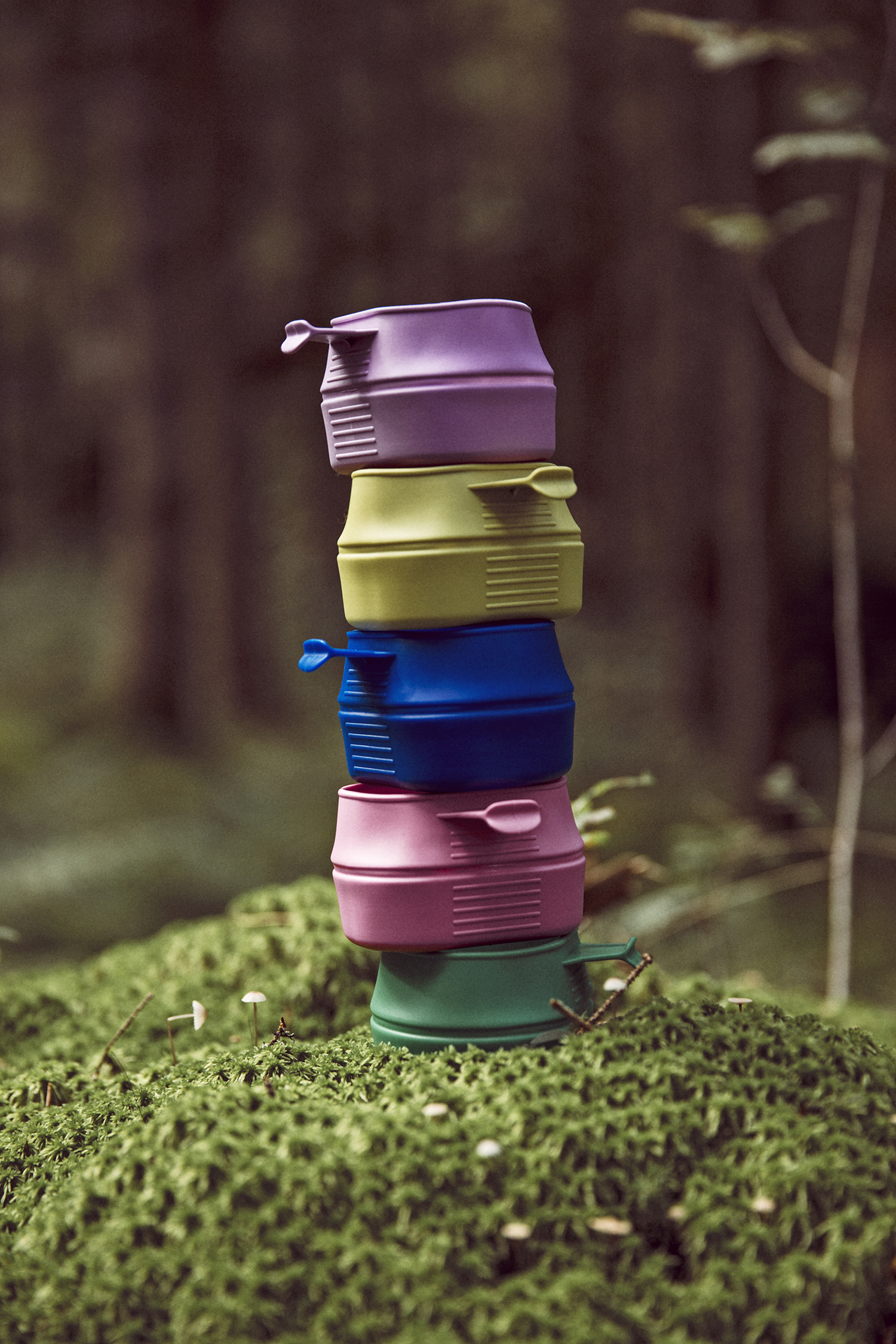 Wildo Fold-A-Cups in different colours. (Quelle: Hexpol TPE)