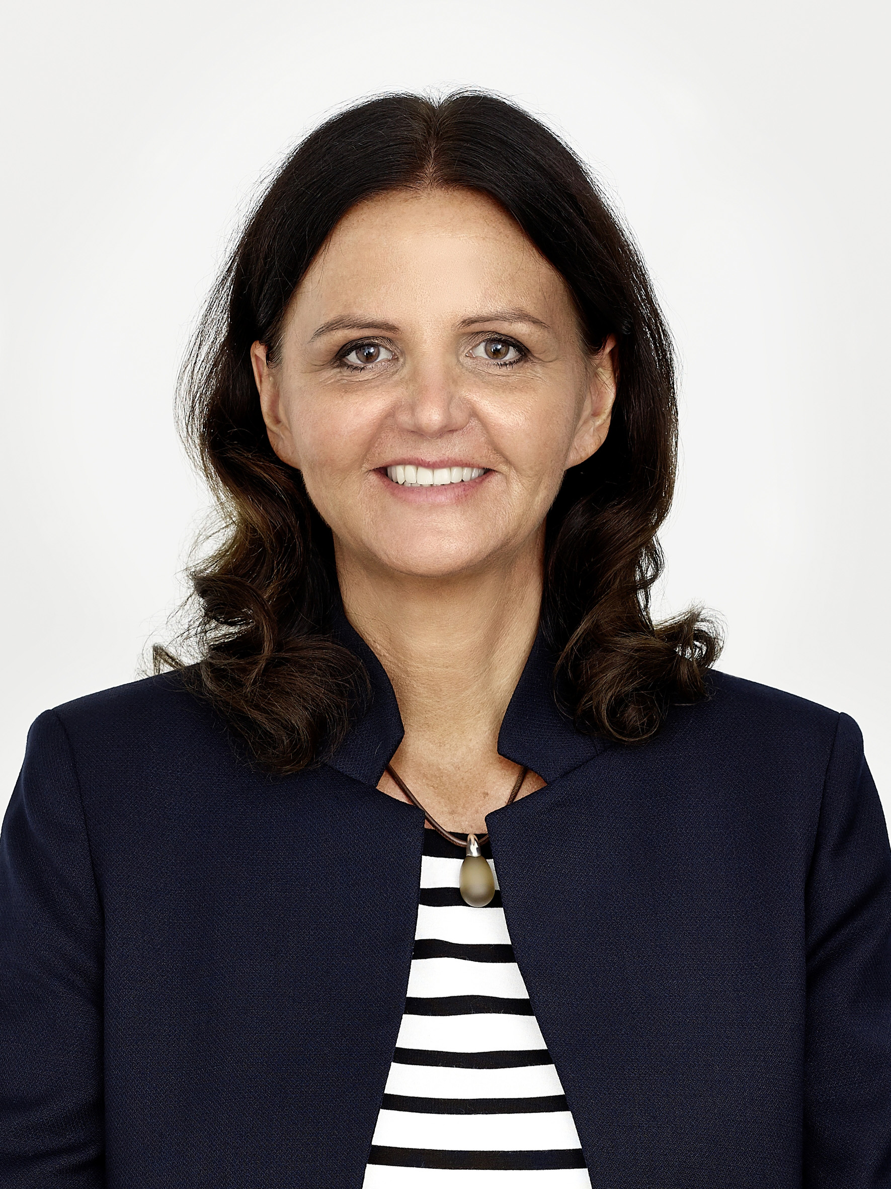 """""""At K 2019, we will be dealing with the two truly prominent issues of our time: digitalisation and circular economy,"""" said Juliane Hehl, Managing Partner responsible for marketing and technology. (Source: Arburg)"""