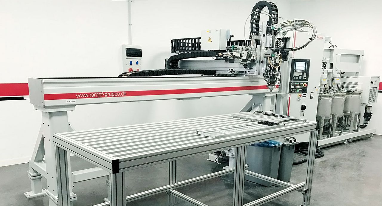 Sellados Industriales is using the DR-CNC dispensing robot from Rampf Production Systems (Source: Rampf)
