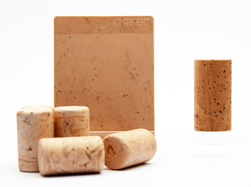 Avient has developed masterbatches for the production of natural-looking wine corks. (Source: Avient)